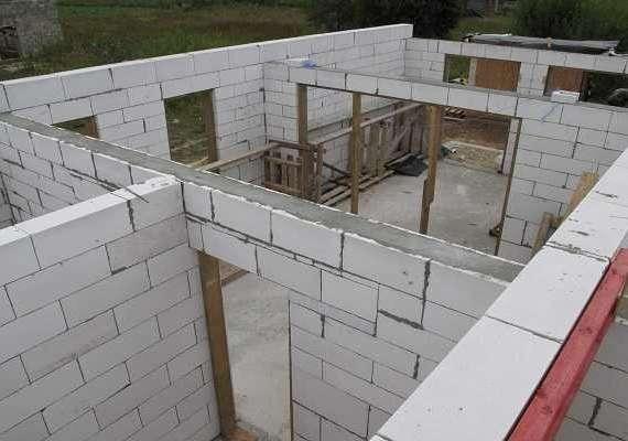 Дом из керамзитобетона и газобетона герметизированный бетон